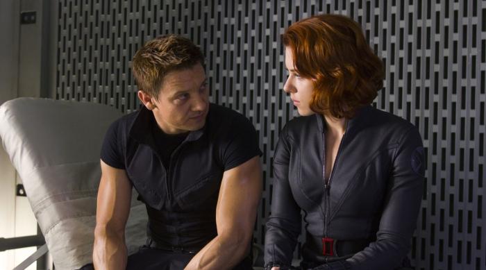 Jeremy Renner & Scarlett Johansson in 'The Avengers'