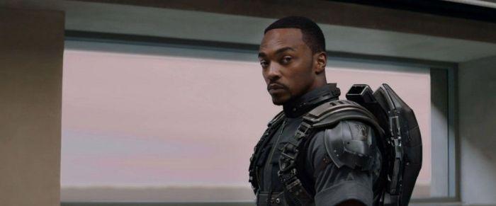 Falcon-Costume-Captain-America-2-Trailer-Still-1024x426