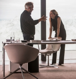Sam Mendes & Lea Seydoux on set 'Spectre'