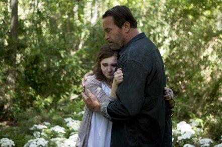 Abigail Breslin & Arnold Schwarzenegger in 'Maggie'