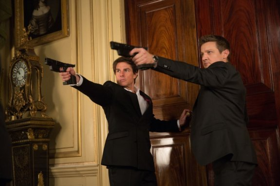 Tom Cruise & Jeremy Renner in 'Mission: Impossible - Rogue Nation'