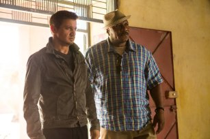 Jeremy Renner & Ving Rhames in 'Mission: Impossible - Rogue Nation'