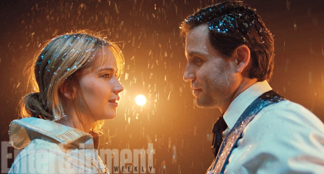 Jennifer Lawrence & Edgar Ramirez in 'Joy'