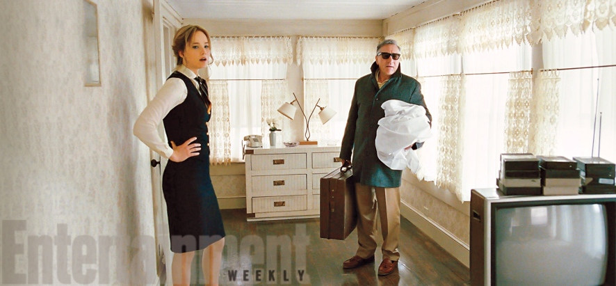 Jennifer Lawrence & Robert De Niro in 'Joy'