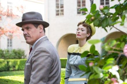 Josh Brolin & Tilda Swinton in 'Hail, Caesar!'