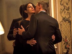 Monica Bellucci & Daniel Craig in 'Spectre'