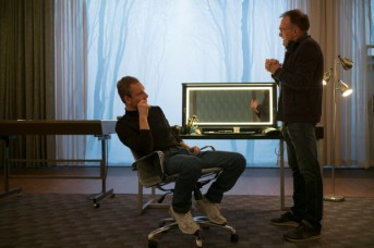 steve-jobs-set-photo-danny-boyle-michael-fassbender-600x400