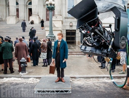 Eddie Redmayne on set 'Fantastic Beasts and Where to Find Them'