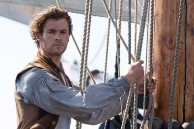 in-the-heart-of-the-sea-chris-hemsworth-600x400
