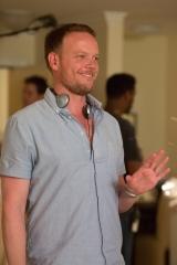 Jason Moore on set 'Sisters'