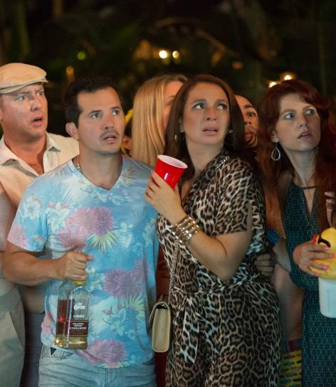 John Leguizamo & Maya Rudolph in 'Sisters'