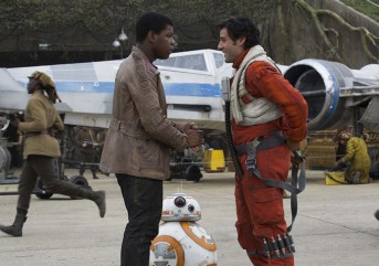 John Boyega & Oscar Isaac in STAR WARS: THE FORCE AWAKENS
