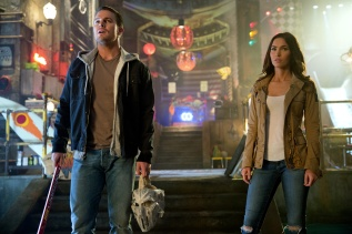 Stephen Amell & Megan Fox in TEENAGE MUTANT NINJA TURTLES: OUT OF THE SHADOWS