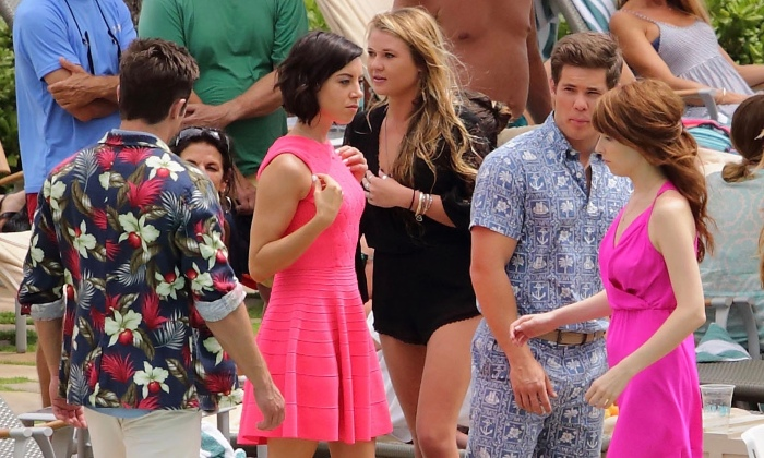 Zac Eforn, Aubrey Plaza, Adam DeVine & Anna Kendrick in 'Mike and Dave Need Wedding Dates'
