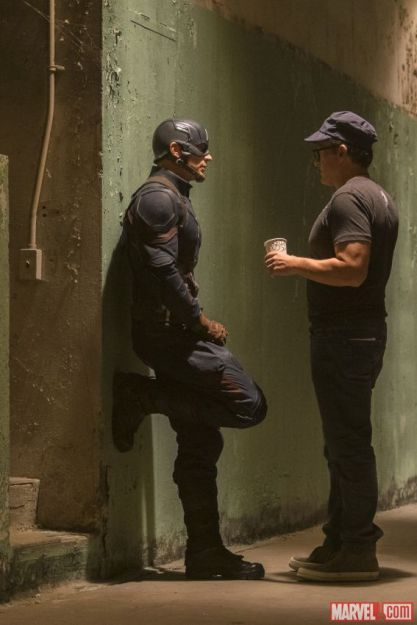 Chris Evans & Anthony Russo on set 'Captain America: Civil War'