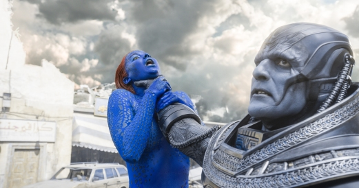 Jennifer Lawrence & Oscar Isaac in X-Men: Apocalypse