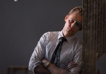 tom-hiddleston-high-rise-image