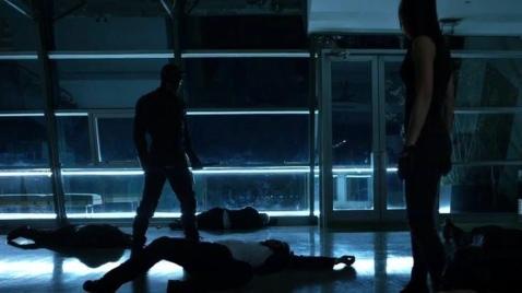 Charlie Cox & Elodie Yung in Daredevil Season 2