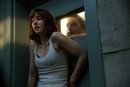 Mary Elizabeth Winstead & John Goodman in '10 Cloverfield Lane'