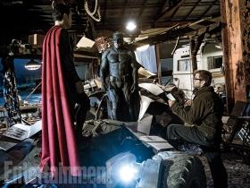 Henry Cavill, Ben Affleck & Zack Snyder on set 'Batman v Superman: Dawn of Justice'