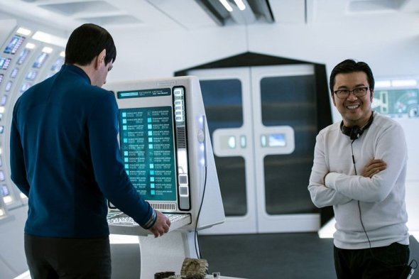 Zachary Quinto & Justin Lin on set Star Trek Beyond
