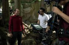 Simon Pegg & Justin Lin on set Star Trek Beyond