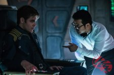 Chris Pine & Justin Lin on set Star Trek Beyond