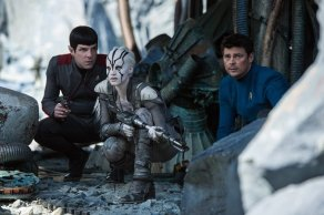 Zachary Quinto, Sofia Boutera & Karl Urban in Star Trek Beyond