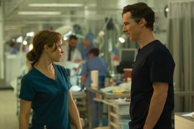 Rachel McAdams & Benedict Cumberbatch in Doctor Strange