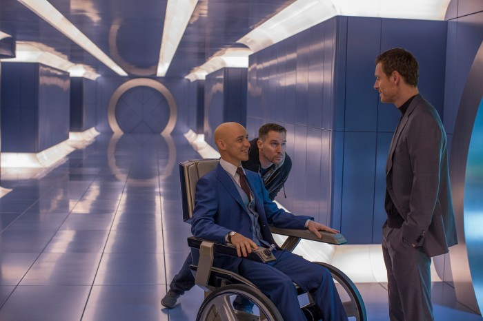 James McAvoy, Bryan Singer & Michael Fassbender on set X-Men: Apocalypse