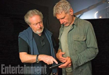 Ridley Scott & Harrison Ford on set Blade Runner 2049