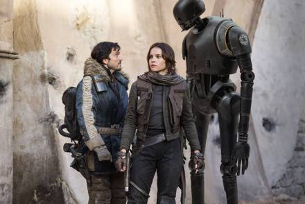 Diego Luna & Felicity Jones in Rogue One: A Star Wars Story