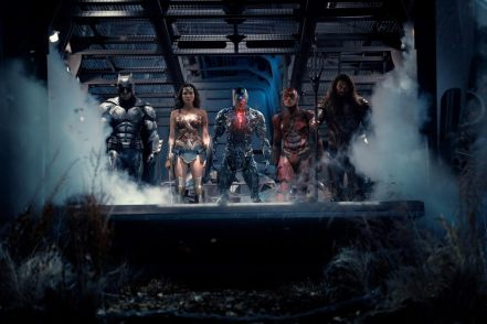 Ben Affleck, Gal Gadot, Ray Fisher, Ezra Miller & Jason Momoa in Justice League