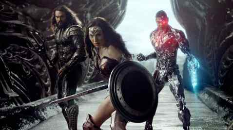Jason Momoa, Gal Gadot & Ray Fisher in Justice League