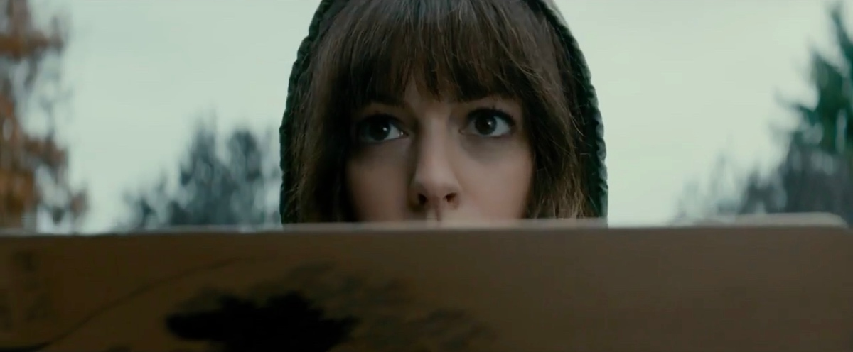 new �colossal� trailer has anne hathaway wrecking havoc