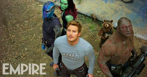 Karen Gillan, Zoe Saldana, Chris Pratt, Dave Bautista & Bradley Cooper's Rocket in Guardians of the galaxy Vol. 2