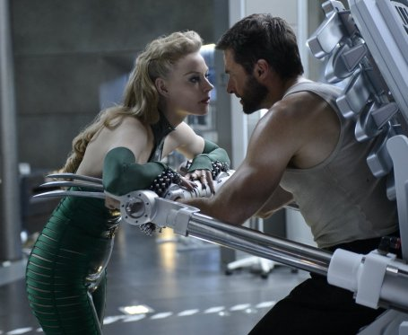 Svetlana Khodchenkova & Hugh Jackman in The Wolverine