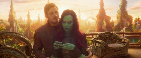 Chris Pratt & Zoe Saldana in Guardians of the Galaxy Vol. 2