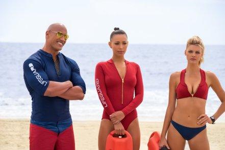 Dwayne Johnson, Ilfenesh Hadera & Kelly Rohrbach in Baywatch