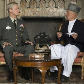 Brad Pitt & Ben Kingsley in War Machine