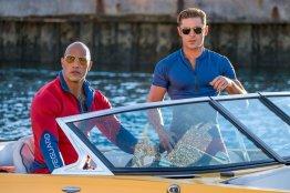 Dwayne Johnson & Zac Efron in Baywatch