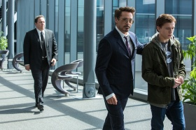 Jon Favreau, Robert Downey Jr. & Tom Holland in Spider-Man: Homecoming