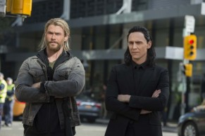 thor-ragnarok-chris-hemsworth-tom-hiddleston-600x399