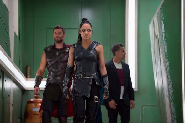 Chris Hemsworth, Tessa Thompson & Mark Ruffalo in Thor: Ragnarok