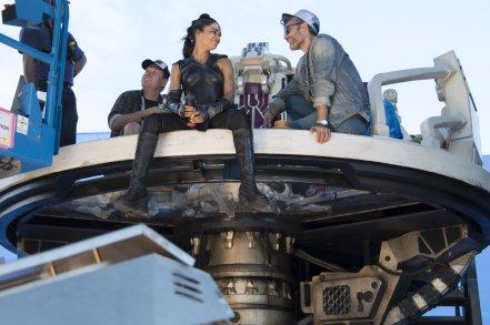 Tessa Thompson & Taika Waititi on set Thor: Ragnarok