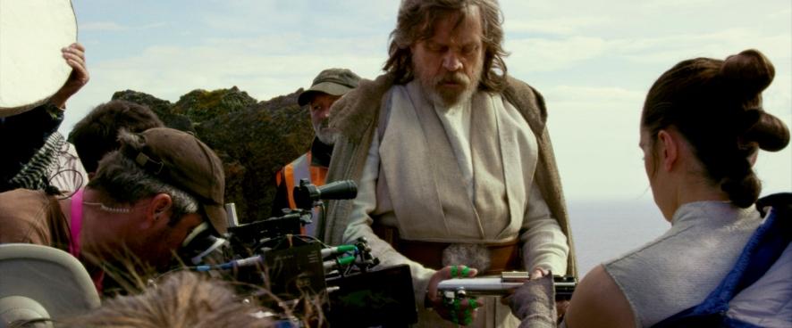 Mark Hamill & Daisy Ridley on set Star Wars: The Last Jedi