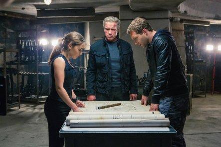 Emilia Clarke, Arnold Schwarzenegger & Jai Courtney in Terminator: Genisys