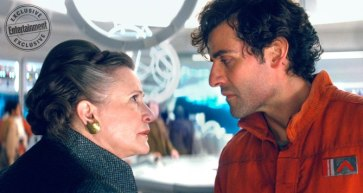Carrie Fisher & Oscar Isaac in Star Wars: The Last Jedi