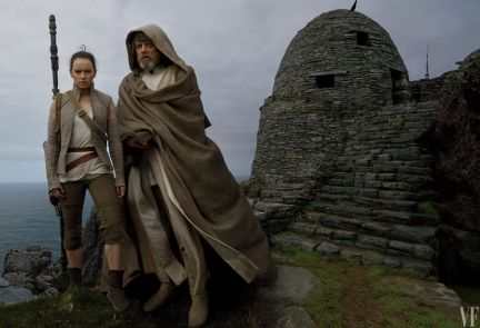 star-wars-the-last-jedi-images-daisy-ridley-mark-hamill