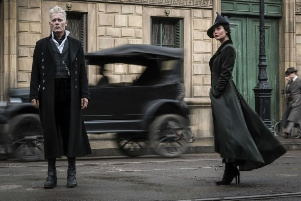 Johnny Depp & Poppy Corby-Tech in Fantastic Beasts: The Crimes of Grindelwald